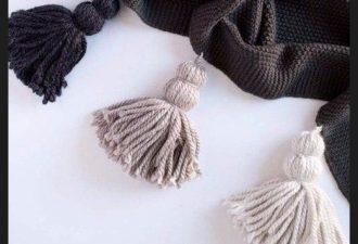 Пушистые кисти для домашнего декора из пряжи своими руками