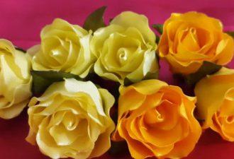 Цветы из лент для вашего творчества: 5 видео-уроков