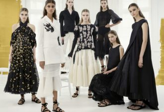 Как создаются платья от Dior или что происходит на подиуме и за его пределами