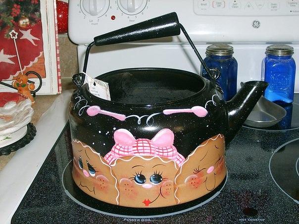 Расписные чайники: любителям расписывать домашнюю утварь посвящается